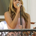 Colbie Caillat feat. Common – Favorite Song