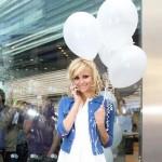 Slatka kao šećer: Pixie Lott spremna da poleti sa gomilom balona