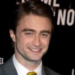 Daniel Radcliffe kao pijanac u spotu svog omiljenog benda