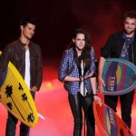 Teen Choice Awards: Veliki trijumf za Sumrak sagu, Vampirske dnevnike, Igre gladi, Taylor Swift, Justina Biebera i One Direction!