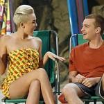 """Stigla Miley! Pogledajte fotke iz epizode """"Dva i po muškarca"""""""