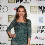 Još uvek neodoljiva: Kylie Minogue izgleda fantastičnoj u čipkastoj haljini