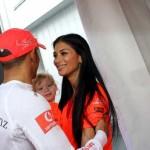 """Nicole Scherzinger demantuje razlaz sa Lewisom: """"Ja i moj čovek smo odlično"""""""