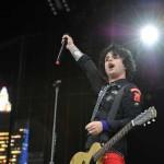 Baš u problemima: Billie Joe Armstrong će i za Božić biti na lečenju