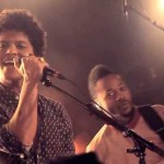 Bruno Mars – Locked Out of Heaven (live)