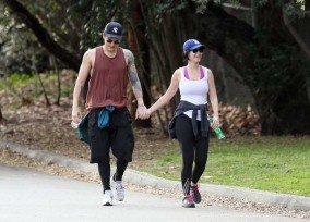 EXCLUSIVE: Katy Perry and John Mayer enjoy a hike in Los Angeles, California