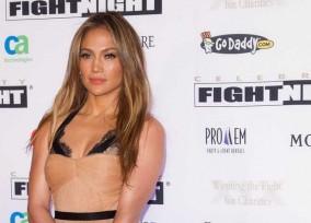 Celebrity Fight Night XIX - Arrivals