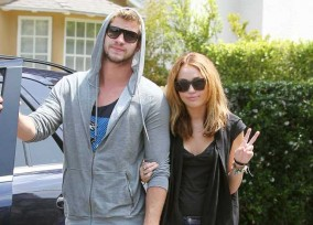 Miley Cyrus And Liam Leave Dad Billy Ray Cyrus to Walk The Dogs