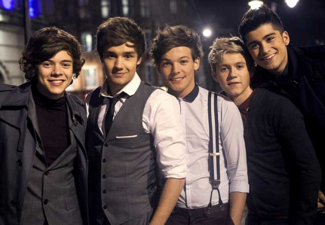 OneDirection-one-direction-30212873-1280-10242