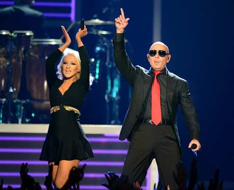 Christina_Aguilera_-_Performing_at_the_2013_Billboard_Music_Awards_19-05-2013_017