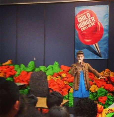 Justin-Bieber-051713-4