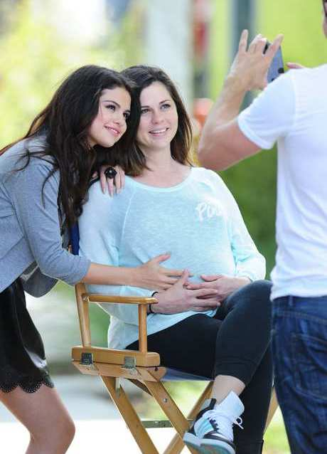 Selena Gomez Films A Commercial For Dream Out Loud