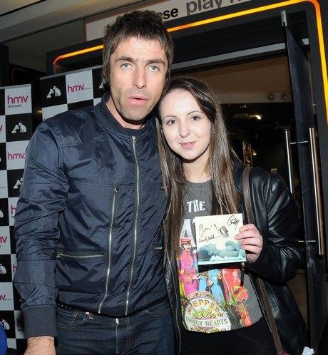 Liam Gallagher & Beady Eye Meet With Fans