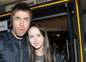 Liam Gallagher & Beady Eye Meet With Fans