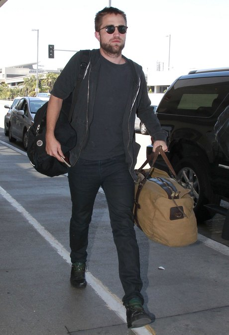 Semi-Exclusive... Robert Pattinson Departing On A Flight At LAX
