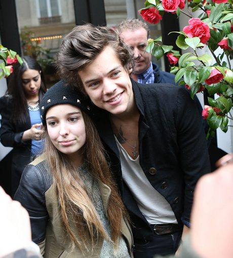 Harry Styles Out And About In Paris