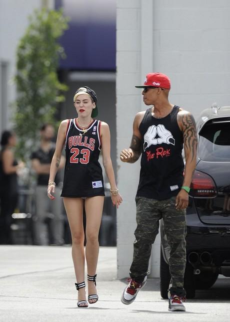 Miley_Cyrus_00002