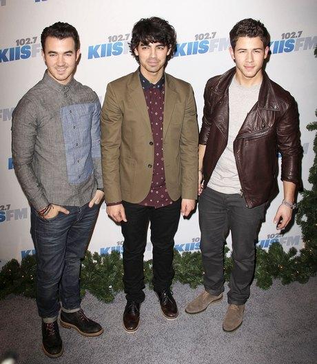 Taylor Swift at The KIIS FM's 2012 Jingle Ball in LA