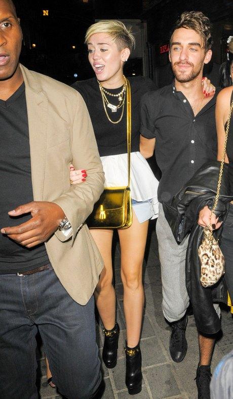 Miley Cyrus Goes Clubbing With Nicole Scherzinger