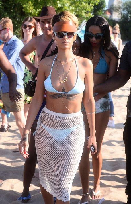 Rihanna on the beach in Sopot, Poland_070713_16
