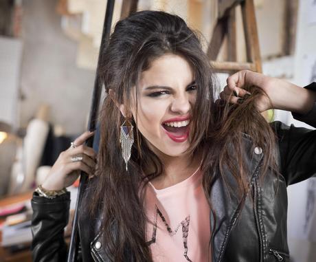 Selena_Gomez_-_Adidas_NEO_Fall_2013_Promotional_Photoshoot_007