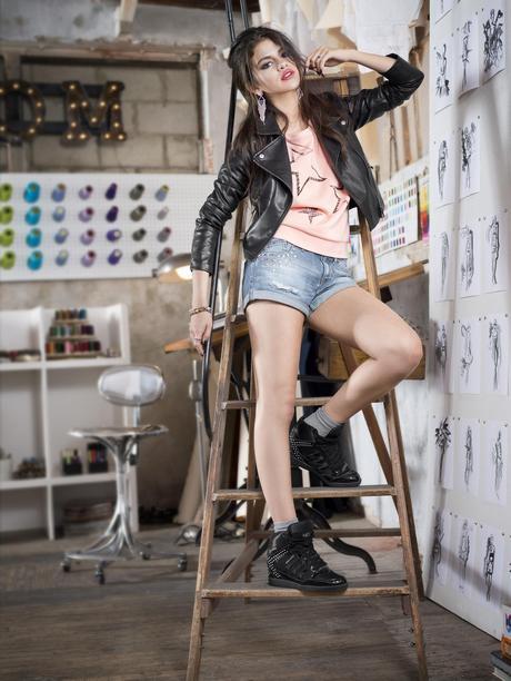 Selena_Gomez_-_Adidas_NEO_Fall_2013_Promotional_Photoshoot_008