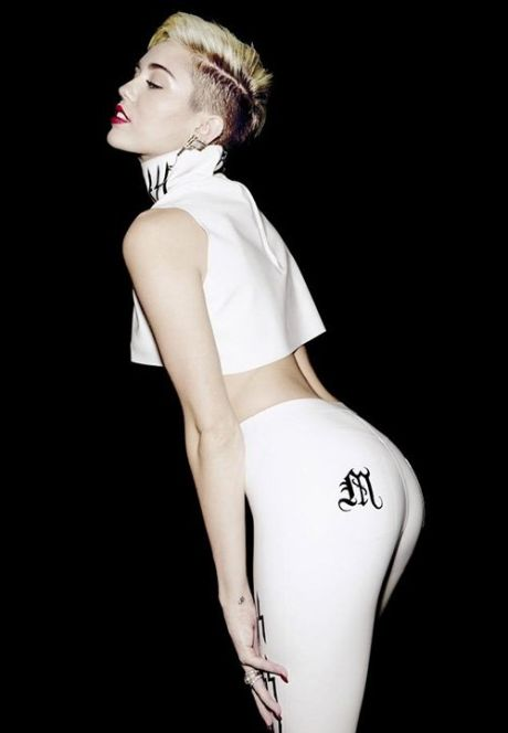 Miley 08302013 3