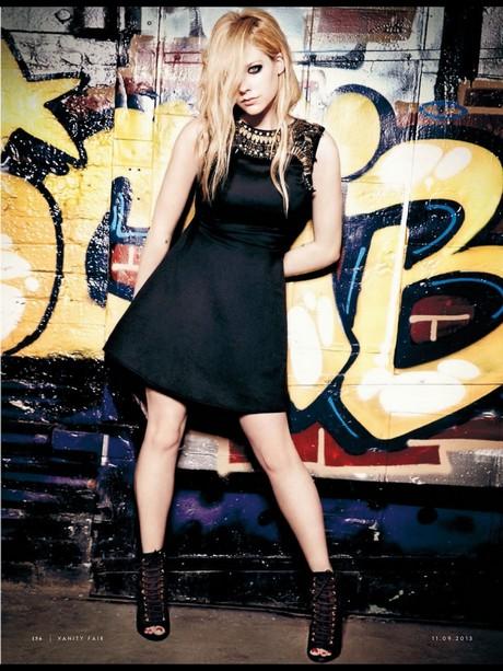 Avril_Lavigne_-_Vanity_Fair_Italy_magazine_September_2013_004