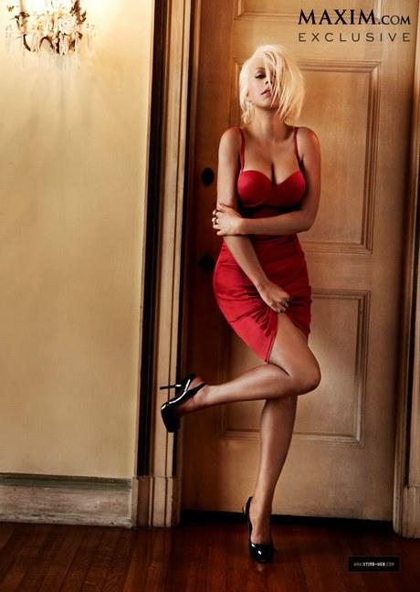 Christina_Aguilera_-_Maxim_October_Cover_Girl_2013_005