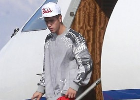 Justin Bieber Arriving On A Private Jet