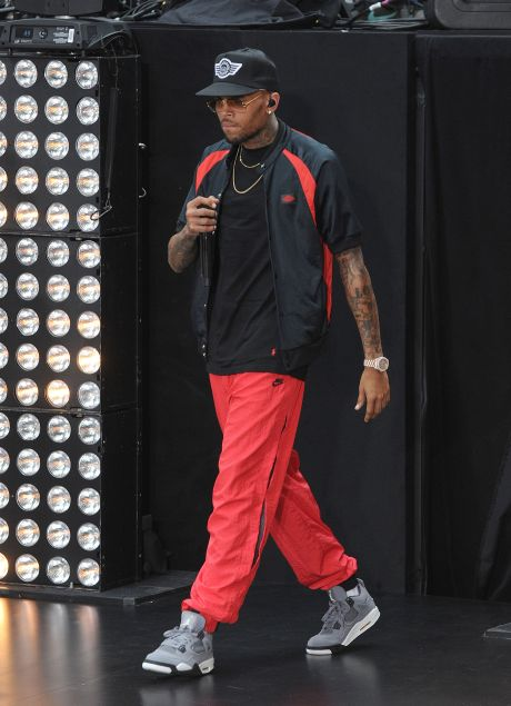 """Chris Brown Performs On """"Today"""" Show"""