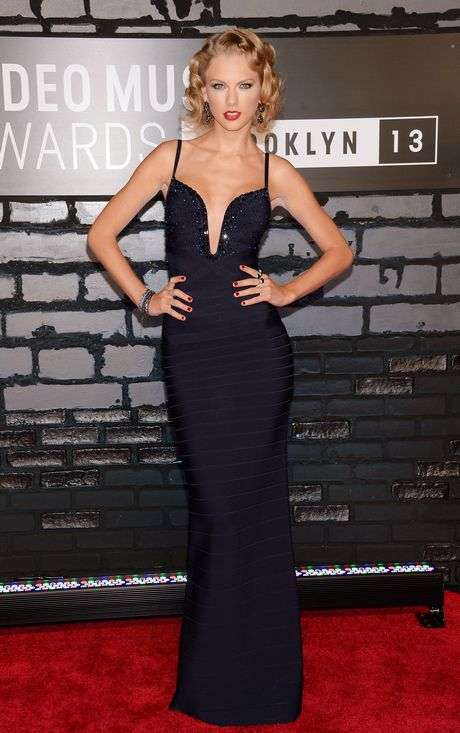 Taylor_Swift_-_2013_MTV_Video_Music_Awards_in_NY_august_25_2013_003