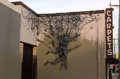 street-art-DALeast-15