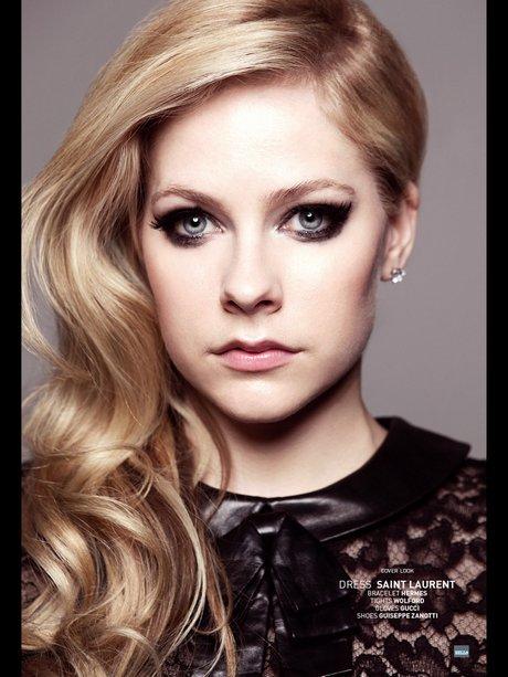 Avril_Lavigne_-_Bello_Magazine__2013-OCT_010