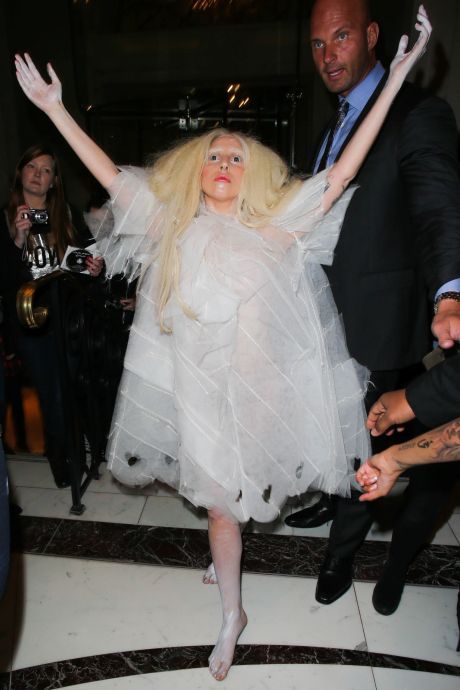 Lady Gaga Brings Her Ghostly Look To London