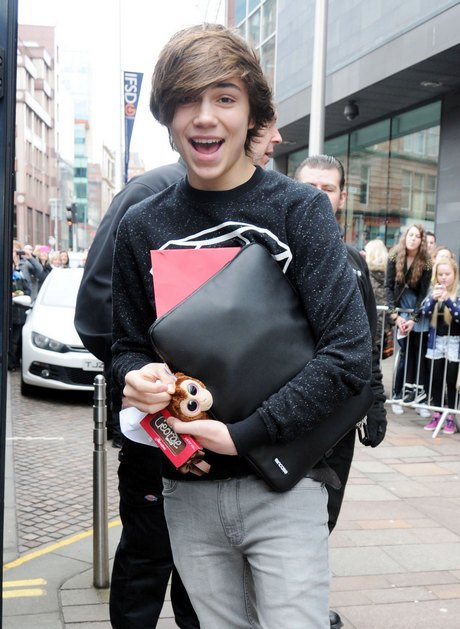 Exclusive... X-Factor Stars Leaving Their Hotel In Glasgow