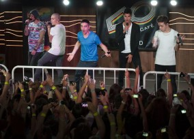 The Wanted Perform For Fans In Madrid