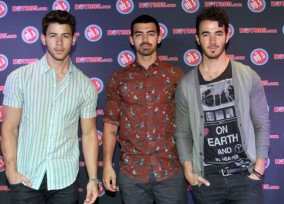 The Jonas Brothers Perform For Contest Winners
