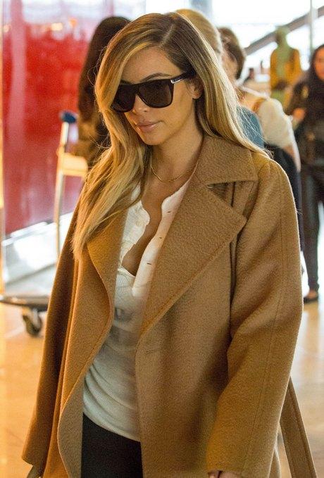 Exclusive... Kim Kardashian Catches A Flight Out Of Paris