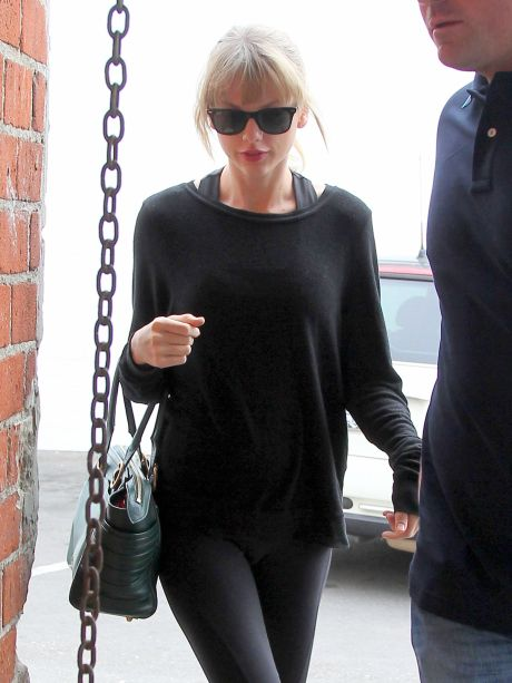 Taylor Swift Works on Her Ballet Body in Hollywood