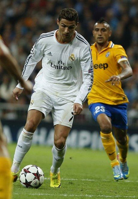Cristiano Ronaldo,  Arturo Vidal, Giorgio Chileen