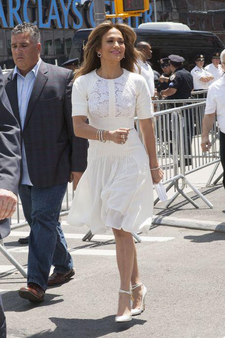 New York: Jennifer Lopez opens 'Viva Movie' in Flagship Store