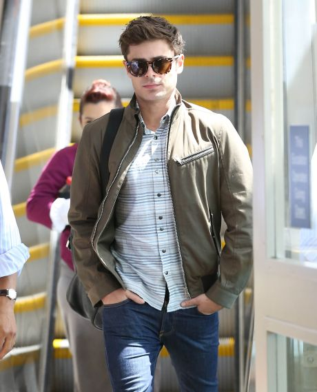 Zac Efron Arriving On A Flight At LAX