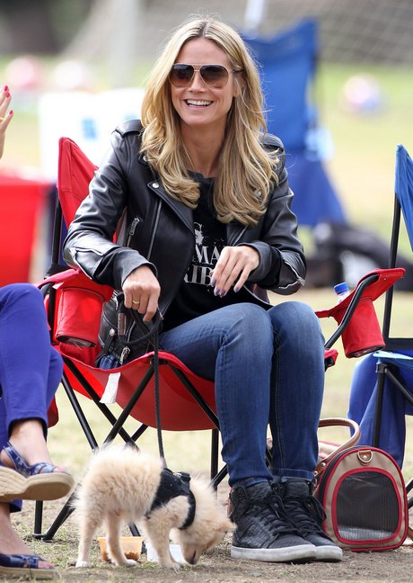 Heidi Klum Watching Her Kids Play Soccer