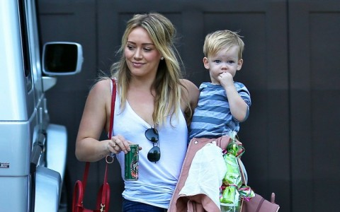 Hilary Duff Visits A Friend's House With Luca