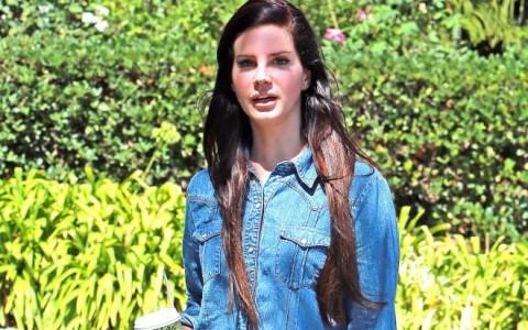 Semi-Exclusive... Lana Del Rey Leaving Urth Caffe