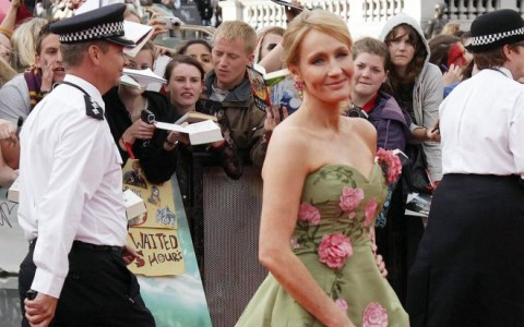 "Stars Arrive at ""Harry Potter and The Deathly Hallows: Part 2"" World Premiere"