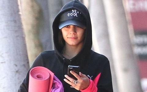 Vanessa Hudgens Leaving A Yoga Class In Studio City