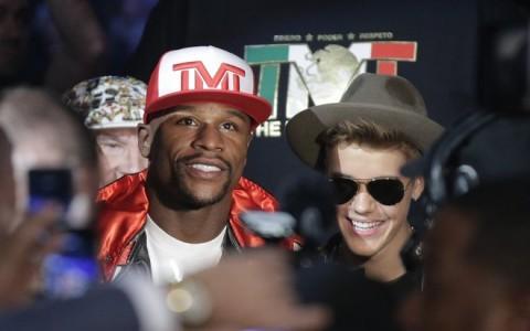 Floyd Mayweather Jr., Justin Bieber