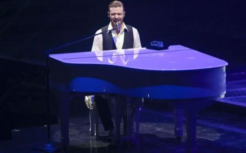 Justin Timberlake Performing Live At The Rogers Arena